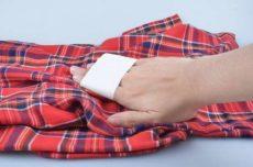 Как избавиться от катышек на одежде