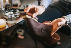 Уход за обувью из нубука в домашних условиях, основные принципы