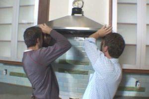 Установка и подключение кухонной вытяжки в Москве недорого